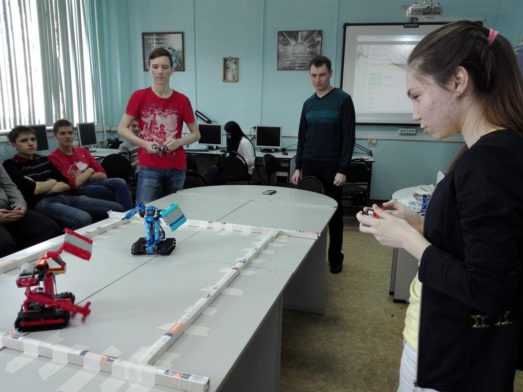 Обучение управлению роботом Lego